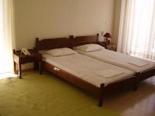 Aeolos Holiday Apartments Loutraki - Guest Room