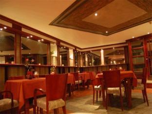 Alex Maja Guest House פרנו - מסעדה