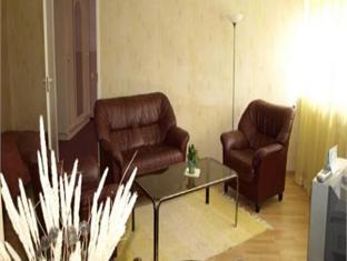 Laine Guesthouse פרנו - בית המלון מבפנים