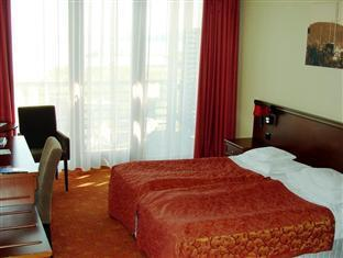Hotel Silver Resort Superior Balatonfured - Room- view to the lake