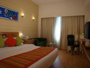 Lemon Tree Chennai Hotel Chennai - Executive Room