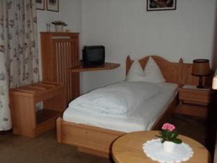 Golfhotel Berghof Berg im Drautal - Guest Room
