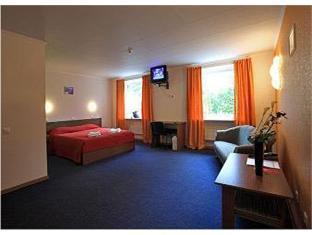 Inger Hotel نارفا - غرفة الضيوف