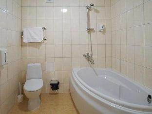 Inger Hotel نارفا - حمام