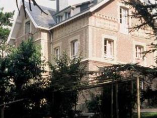 Domaine Saint Clair Le Donjon Hotel Etretat - Exterior