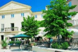 Pierre & Vacances Pont Royal En Provence Hotel