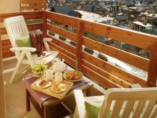 Pierre & Vacances Les Chalets De Valoria Hotel Valloire - Balcony/Terrace