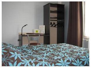 Hotel Du Chemin De Fer Vivoin - Guest Room