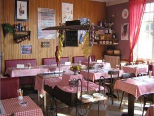 Hotel Du Chemin De Fer Vivoin - Coffee Shop/Cafe