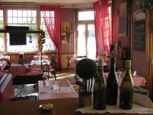 Hotel Du Chemin De Fer Vivoin - Pub/Lounge
