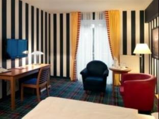 Gruenau Hotel Berlin - Gjesterom