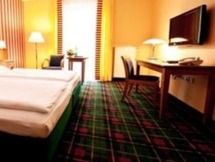 Gruenau Hotel Berlin - Guest Room