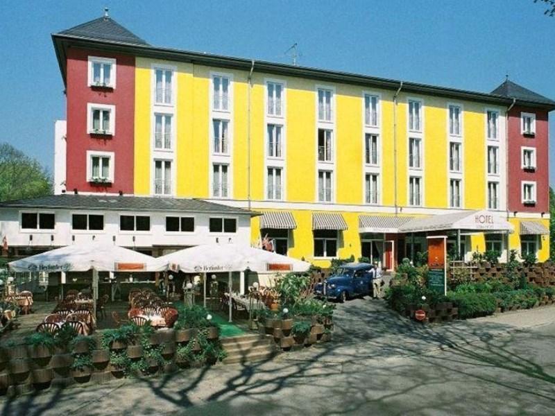 Gruenau Hotel Berlin - Utsiden av hotellet