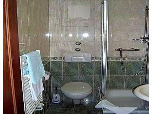 Hotel Seenot am Yachthafen Gross Koris - Bathroom