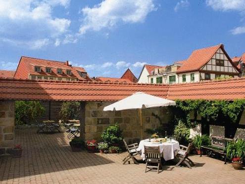 Hotel Abtshof Halberstadt - Exterior