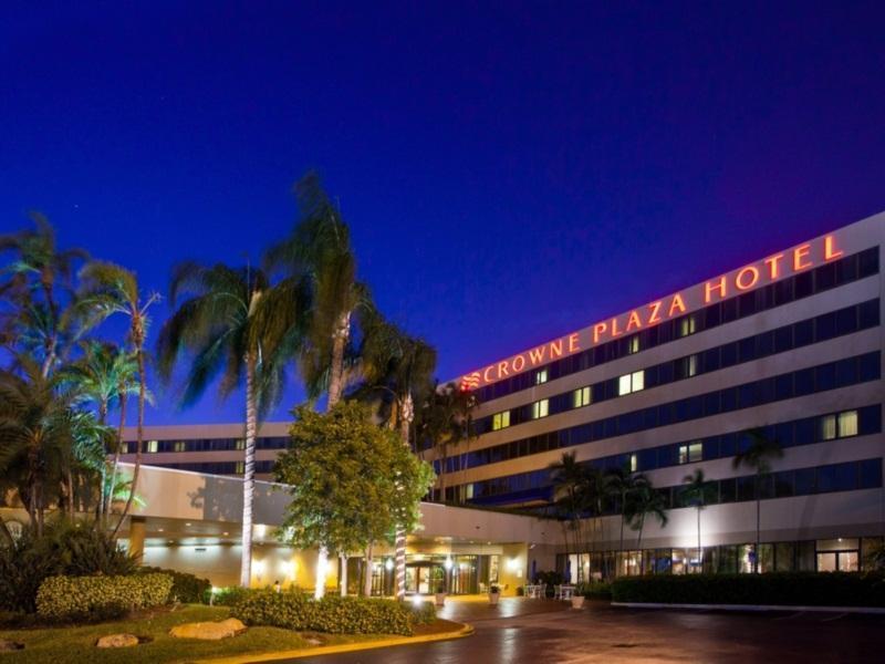 Crowne Plaza Miami International Airport Hotel