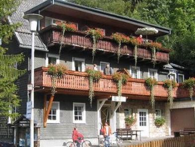 hotel berg höchstädt