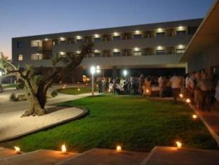 Hotel in ➦ La Senia ➦ accepts PayPal