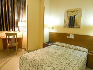 Hotel Ciutat de Sant Adria Barcelona - Guest Room
