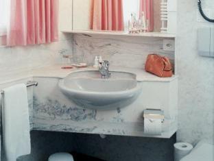 Idyllhotel Appenzellerhof Speicher - Bathroom