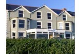 The Edgcumbe Guest Accommodation Hotel