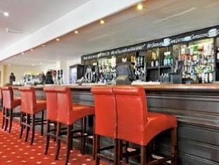 Bridge House Hotel Fern Down - Pub/Lounge