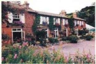 Scarborough Hill Country Househotel