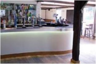 The Chequers Hotel Royston - Pub/Lounge