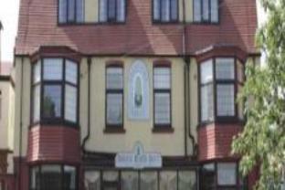 Fountains Court Holistic Health Hotel