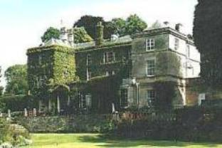 Burleigh Court Hotel
