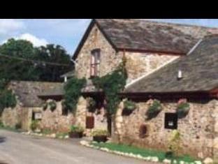 The Coachouse Hotel & Restaurant