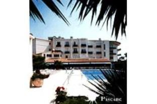 Plage Des Pins Hotel