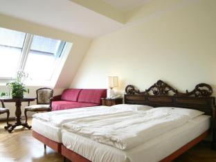 Hotel Royal Vienna - Guest Room