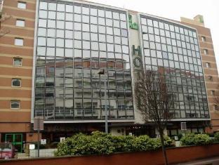 Campanile Paris Sud Porte De Versailles Hotel Issy-les-Moulineaux - Exterior