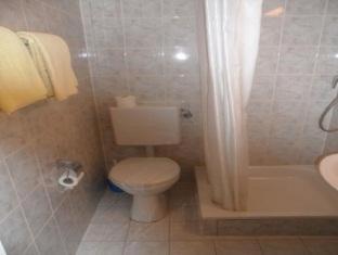 Hotel Union Frankfurt am Main - Bathroom