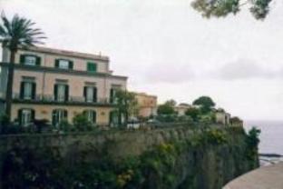圣文森索多姆斯酒店