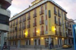 Husa Cuatro Caminos Hotel