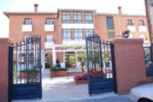 Hotel Dracos C B
