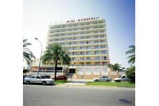 甘地亚海滩酒店