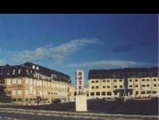 โรงแรมเดลโปโซ่