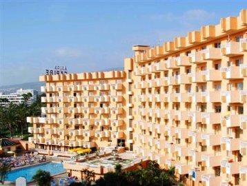 โรงแรมอาปาร์ตาเมนโตสการิเบ้