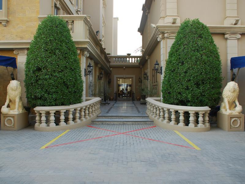 Riviera Palace Deluxe Suites & Spa - Hotels and Accommodation in Bahrain, Middle East