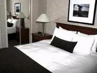 Town Inn Furnished Suites Toronto (ON) - Guest Room