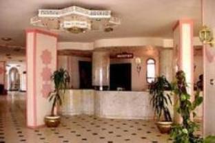 サラ ホテルの外観