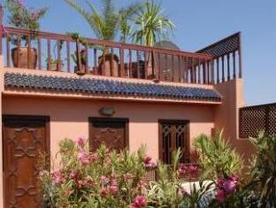 Riad Aubrac Marrakech - Hotellet från utsidan