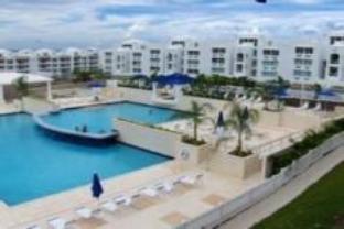 The Ocean Club At Seven Seas Hotel