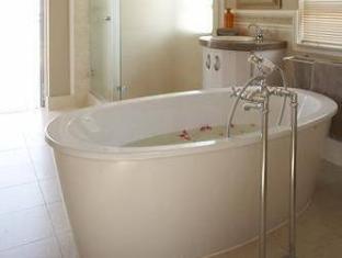 Pinnacle Point Beach and Golf Resort Mossel Bay - Bathroom