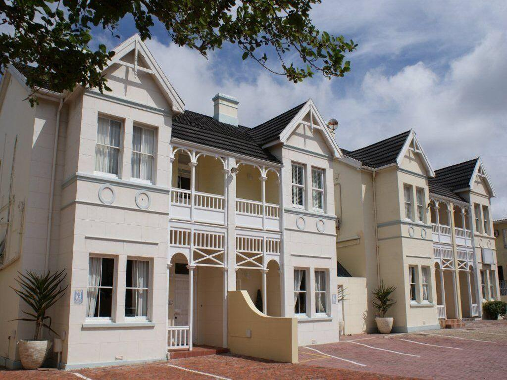 Urban Hip Hotels - The VIC Port Elizabeth