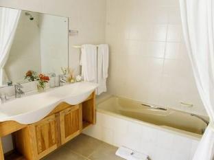 Auberge Rozendal Stellenbosch - Bathroom