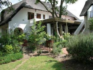 WedgeView Country House & Spa Stellenbosch - Exterior